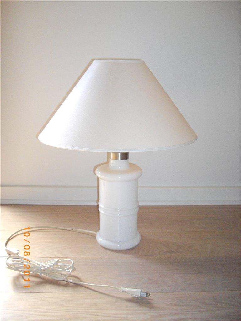 Holmegaard bordlampe hvid u2013 Solceller og lysdioder