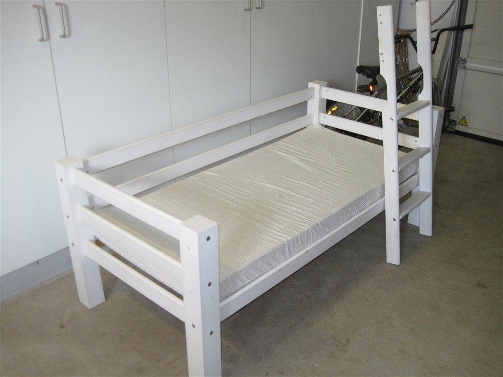 babysam seng Søger: XY hvid højseng (BabySam  Minna højseng) babysam seng