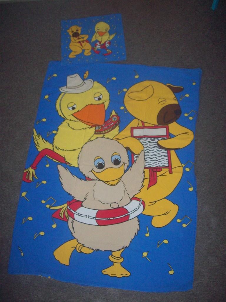 bamse og kylling sengetøj Junior sengetøj : Sebra med biler og Bamse og Kylling . bamse og kylling sengetøj