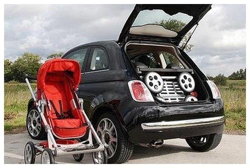 Hvilken barnevogn til lille bil?