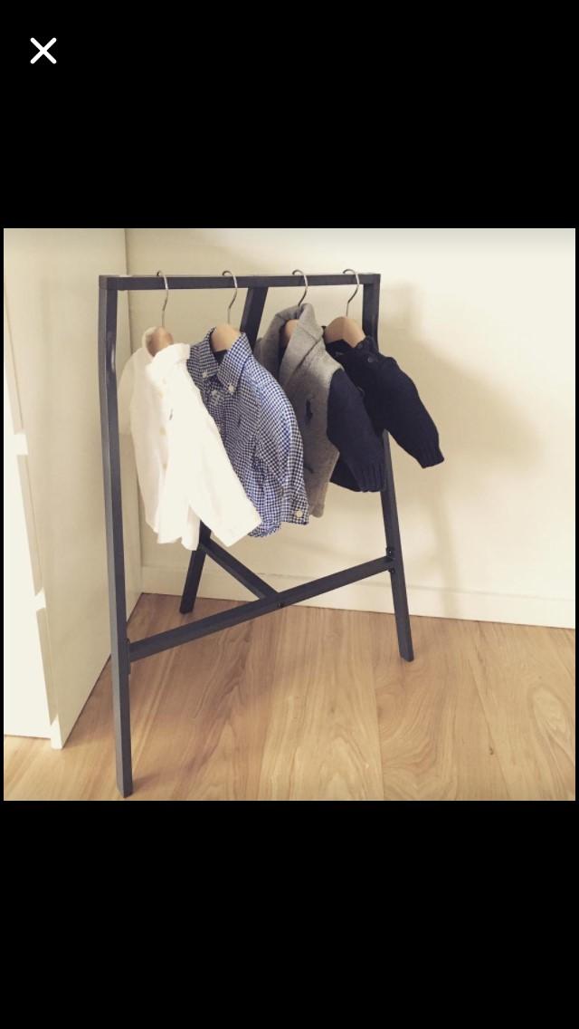 Modernistisk Tøjstativ til børn KW82