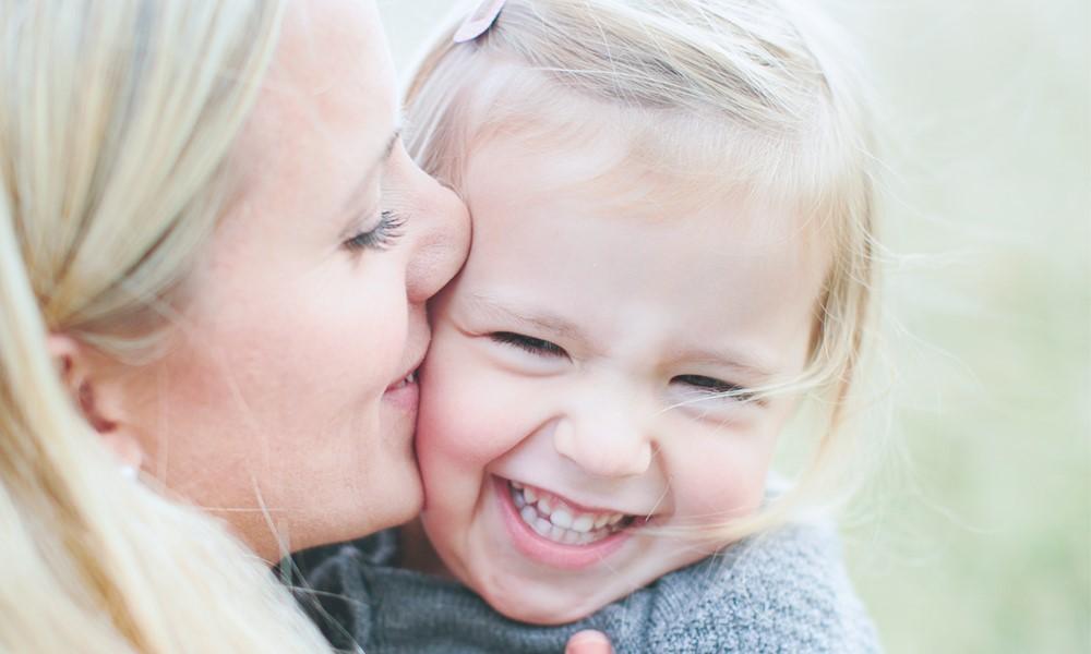 Danske forældre er unikke i deres opdragelse