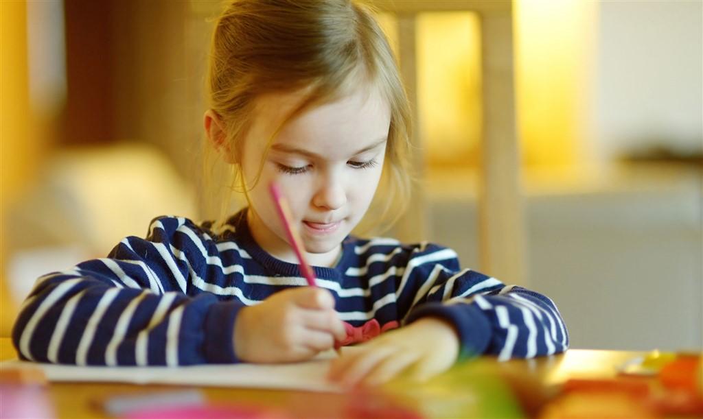 Skoleklar: Kan dit barn holde på en blyant?