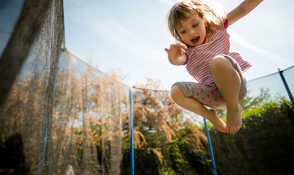 Alt du skal vide om dit barns trampolin