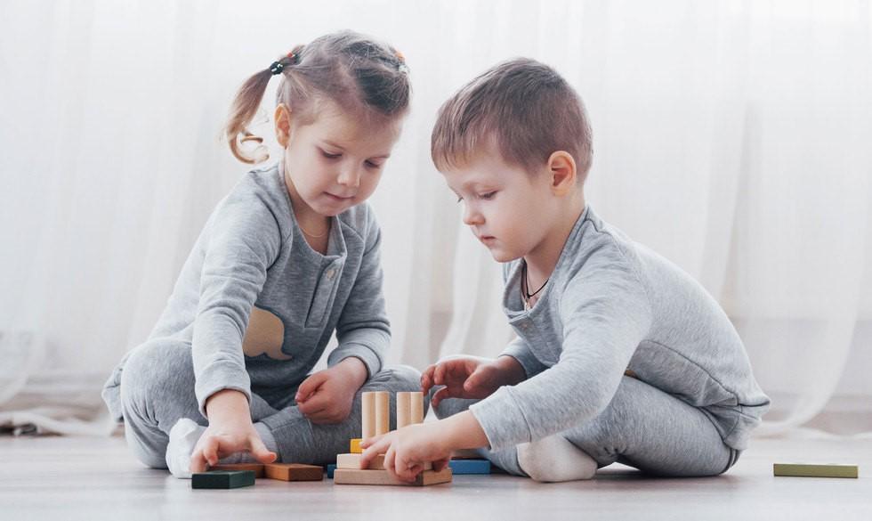 Guide: Hvilket legetøj udvikler dit barn hvornår og hvorfor?