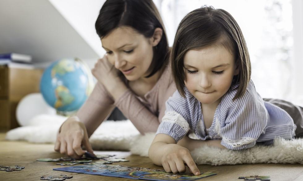 Keder I jer derhjemme? Her er 24 ting, du kan lave med dine børn