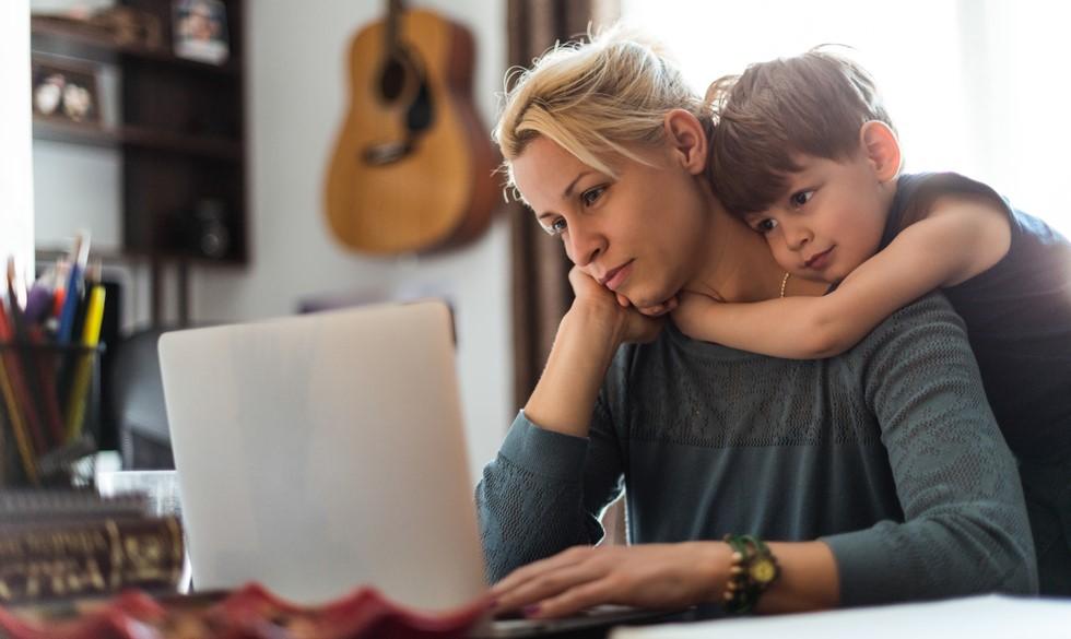 Ny undersøgelse: Mødre har kronisk dårlig samvittighed - har du?